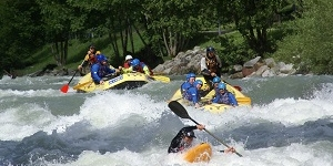 Rafting and watersports: the Noce river in Val di Sole